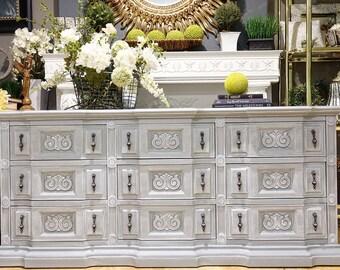 Royal Board Golden Custom Gray Wash Nine-Drawer Dresser