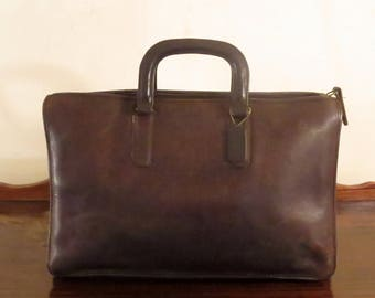 Coach Handle Portfolio In Brown Leather Style No 5050 Made In The Factory In NYC-Beautifully Worn