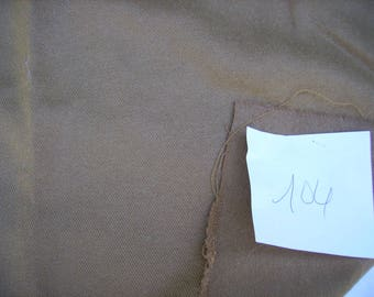 NO. 104 COUPON WOOL - BROWN COLOR FABRIC