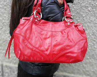 red leather tote, Italian leather tote, simple leather tote,everyday leather tote,leather work tote,stylish shoulder bag,casual shoulder bag