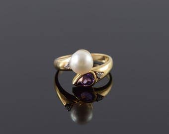 14k 7.5mm Pearl Amethyst Diamond Bypass Ring Gold