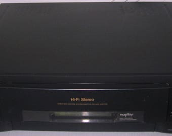 Sony SLV-770HF VCR w/remote, very good condition all works except tape counter