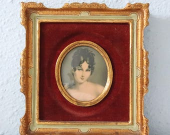 Beautiful Vintage Small Portrait of a Young Lady by Vasco Vannelli , Velvet Background, Gilded Wooden Frame, Italy