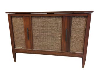 Vintage Danish Modern RECORD CONSOLE credenza radio mid century 60s ~ Motorola 20 ~ stereo sideboard living room furniture hallway entryway