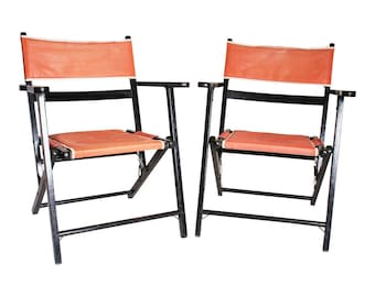 2 Vintage Wooden FOLDING CHAIR SET lot mid century modern beach patio wedding black pink bistro wood 50s 60s country porch pair 17033
