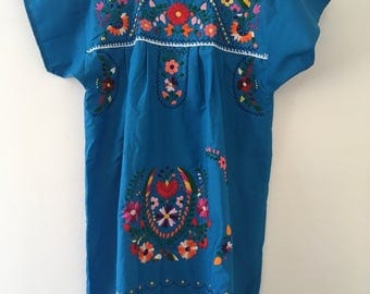 Mexican Embroidered Drees for woman - Drees or basket- vestido de canasta