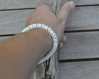 Howlite Wavy Beige Bracelet