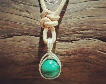 Malachite Herringbone Weave Necklace wire wrap Boho Style