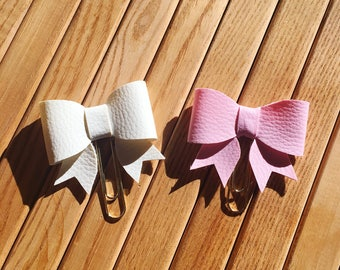 Faux leather bow clip