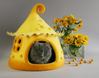 Cat cave, Cat bed,  Felted cat house, Yellow, Orange, Pet house, Felt cat cave, Natural wool, Eco friendly, Fantasy cat cave, Fairy house