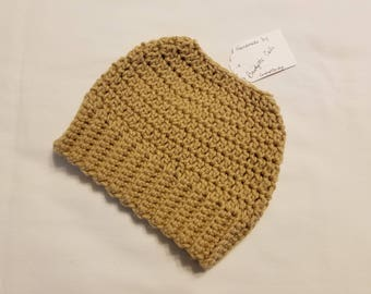 PONYTAIL HAT - Messy Bun Hat - Ponytail Hole Hat - Ponytail Beanie - Crochet Beanie - Crochet Hat - Knit Hat - Women's Hat - Ready to Ship