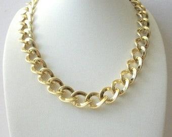ON SALE Retro heavier Textured Golden Links Metal Necklace 8916