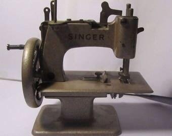 Macchina da cucire da collezione antica rarissima