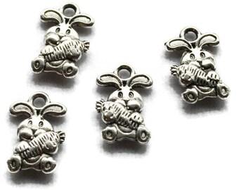 5 charms silver metal carrot Bunny pendant