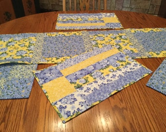 Table Runner, Quilted Placemats and Potholders.