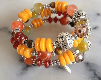 Shape memory bracelet, hippie chic gemstones, Carnelian, agate, Tiger eye, silver metal.