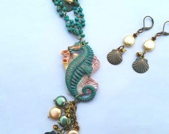 Ocean, Seahorse, Shells