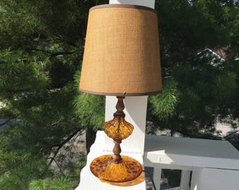 70s Bedside Lamp, Amber Glass Early American Lamp with Burlap Shade