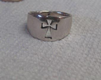 Beautiful Cross Sterling Silver Ring