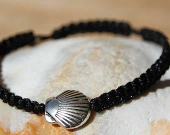 Silver shell pearl bracelet