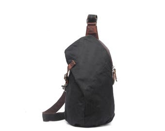 Leather & Waxed Canvas Crossbody ( Black)