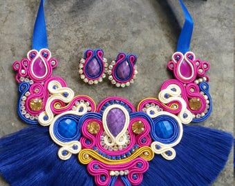 Maxicollar set with fringes blue and small earrings