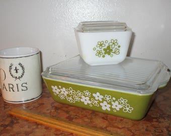 1960's Vintage Pyrex Refrigerator Floral Design 2 Piece Set With Lids 501 1 1/2 Cup 18 0503 1 1/2 Qt 13! #BV