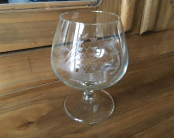 1950s Mid Century Modern Crystal Etched Sailboat Scotch Glass Brandy Snifter
