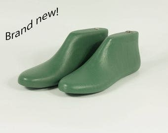 Shoe lasts for felting, NEW! Size us 11-12.