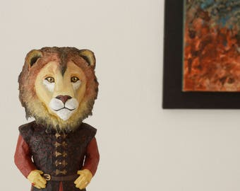 Tyrion Lannister Figurine Game Of Thrones Figurine GOT character Lion Figurine Peter Dinklage Papier Mache Beer Bottle Recycled Animal Head
