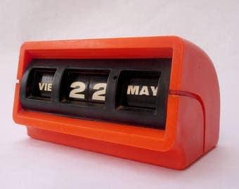 Retro orange perpetual desk calendar, MAUL Made in Germany perpetual calendar(writing in Spanish), retro office accessories, Christmas gift