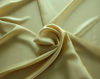1712-070 - Crepe Satin silk 100%, width 135/140 cm, made in Italy, dry cleaning, weight 100 gr