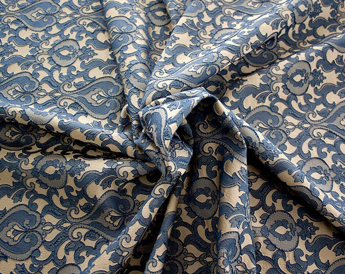 990071-155 Brocade-95% PL, 5% PA, width 130 cm, made in Italy, dry cleaning, weight 205 gr