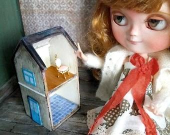 Diorama, miniature house height: 11 cm / miniature dollhouse