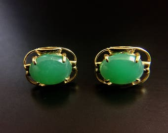 Vintage 18K yellow gold earrings with imperial jade cabochons
