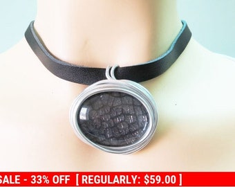 Black Leather Jewelry, Black Leather Necklace Pendant, Wrapped Stone Necklace, Black Choker, Wire Pendant Necklace, Fashion Pendant, Black