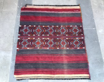 Super Fine Vintage Turkish Anatolian Kilim Rug, Small Kilim Rug, Boho Chic, Geometric and Symmetric Design