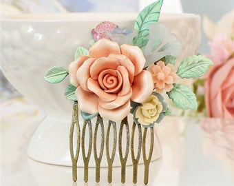 Peach Pink mint leaves wedding comb, country chic floral comb, Romantic hair pin, floral collage, bridesmaids gift.  Pink wedding Hair pin