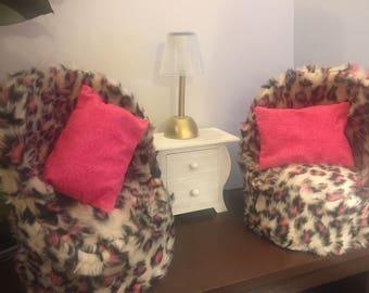 "Fun Fur Set Of Chairs For 18"" American Girl Dolls"