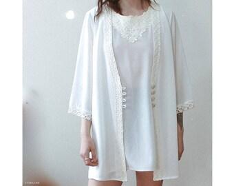 Vintage oversized white blouse with underlay and lace inset / Boho bohemian minimal 80s shirt dress feminine dainty
