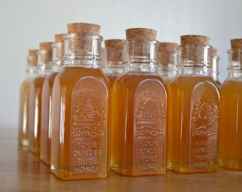 Lot of 200. 4oz. Muth Honey Jar, Wedding Favors, Mini Honey Jar, Vintage Wedding Souvenirs, Honey Favours