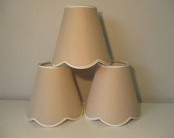 LAMPSHADE clip makes for applique and luster - Beige Cream finitons scallops - hand made