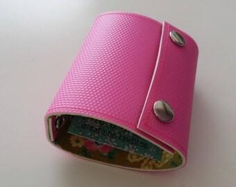 Recycled - Recycled rigid linoleum (n 18) pink wallet