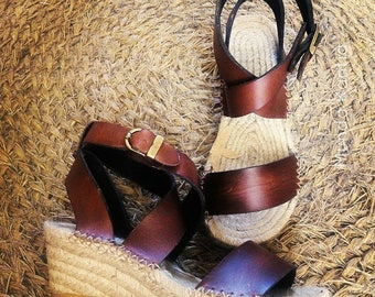 Natural jute sandals. Esparto wedges. Natural leather espadrille. Espadrille wedge average 6cm. Espadrille wedge. Sandals mod. Artys_mediacuna