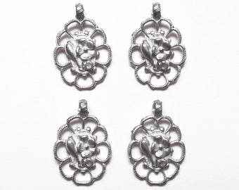 4 charms medallions flowers oval matte silver metal 20 mm