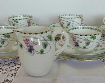 Shelly 1915 Art Nouveau bone china pattern number 10705  33 pieces