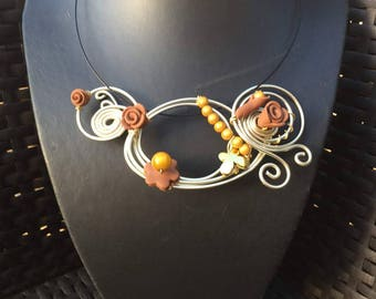 Aluminum wire and polymer clay yellow and Brown fashion necklace