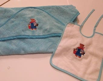 Personalized bath Cape bear at sea with name and matching bib