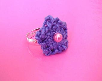 Crochet ring with Blue Star