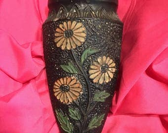 Vintage japanese wall pocket vase